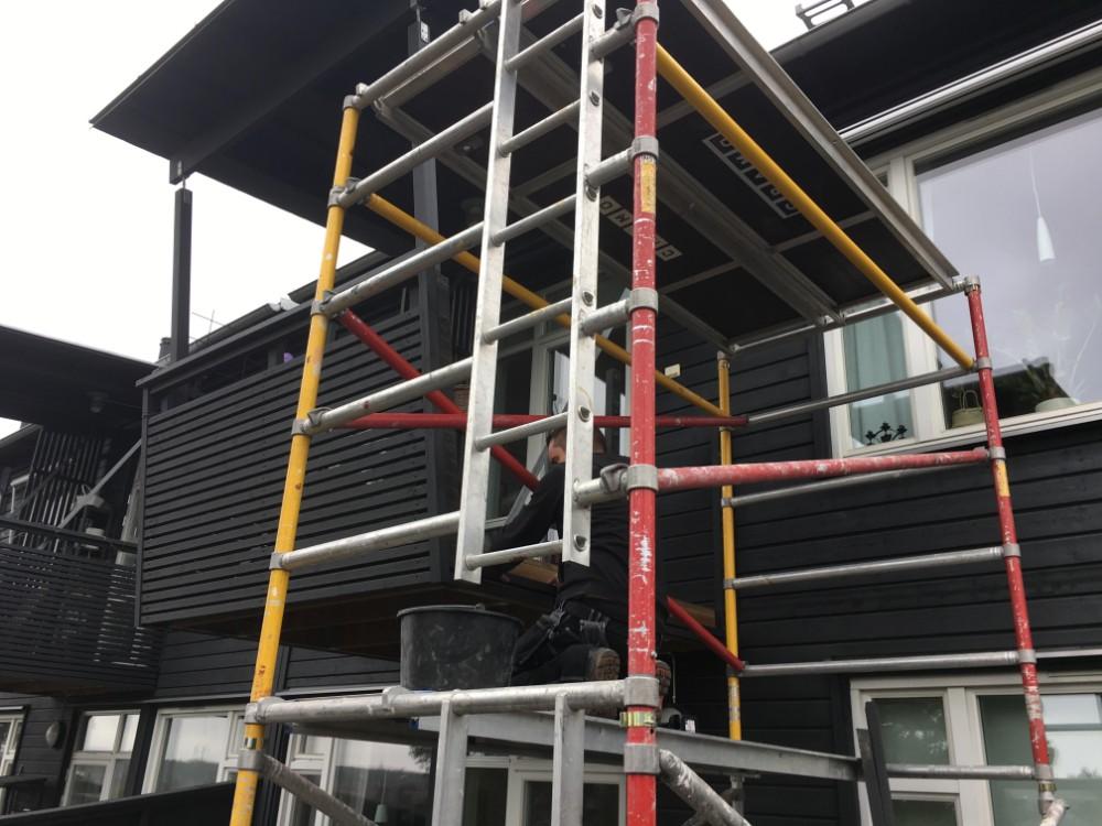Bygga en tillbyggd balkong